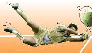 Smashcourt: Buffon doet een Beckertje