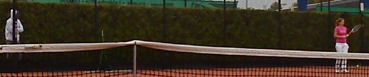 Tennisser Robin kijkt bij Eelko