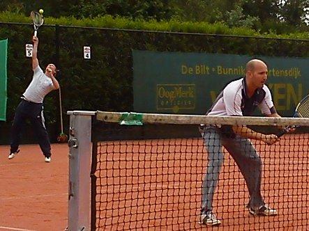 Tenniskoppel op scherp