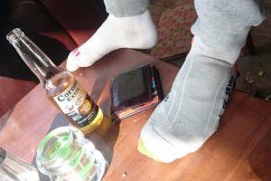 Eelko heeft twee verschillende sokken.